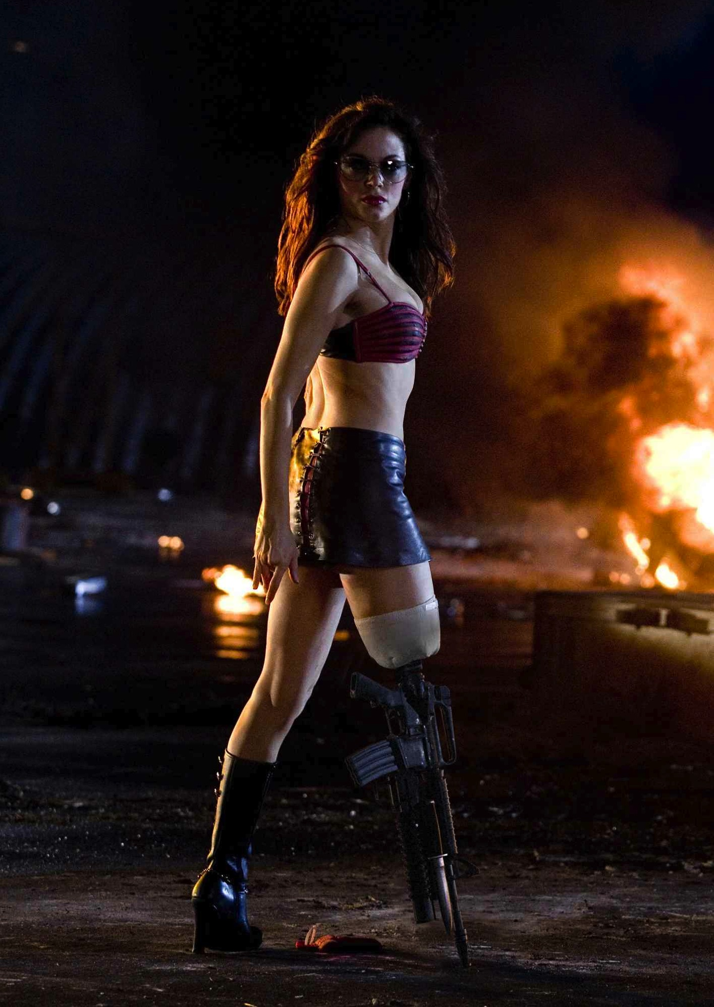 Rose mcgowan grindhouse planet terror compilation - 4 4