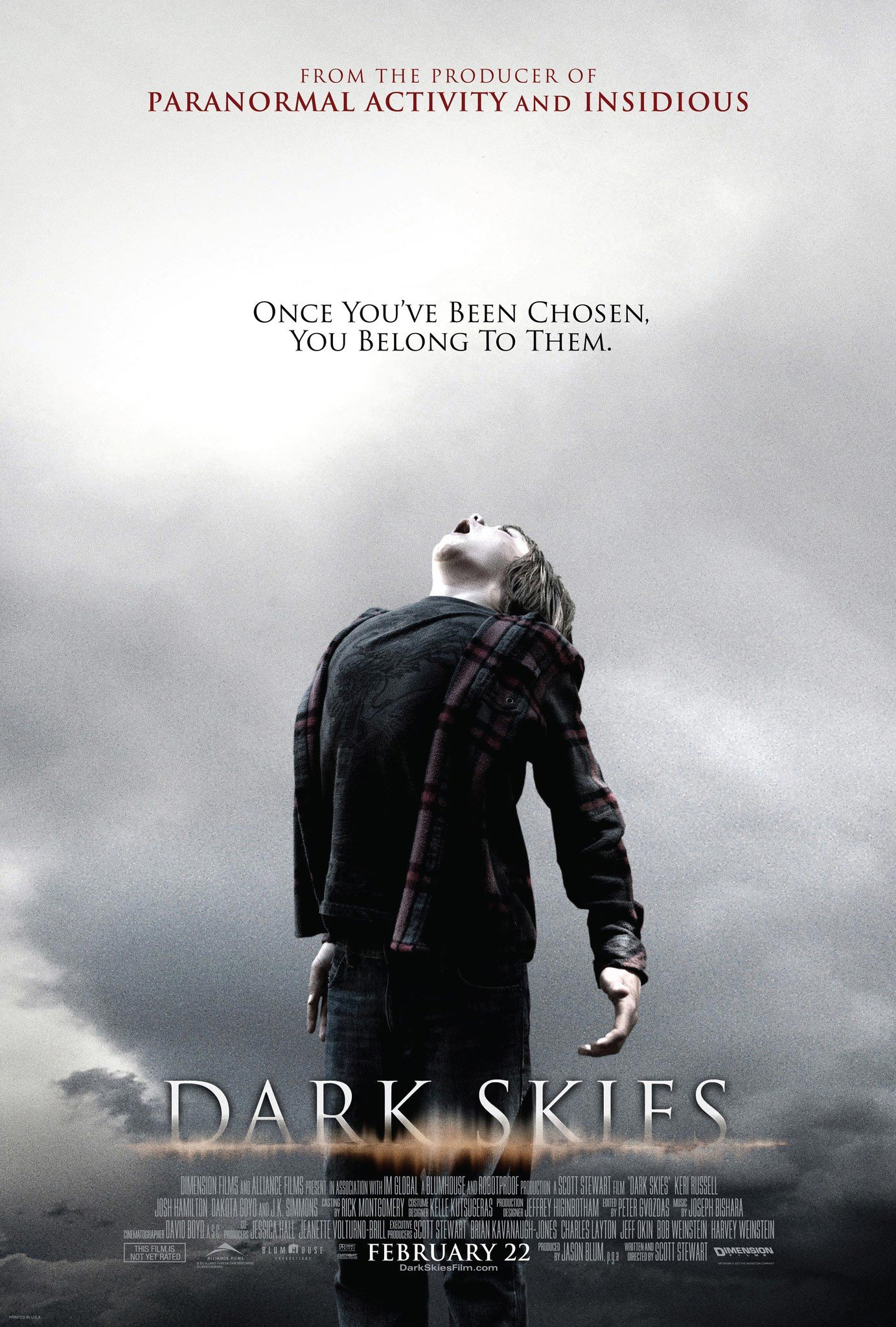 Dakota goyo dark skies kiss
