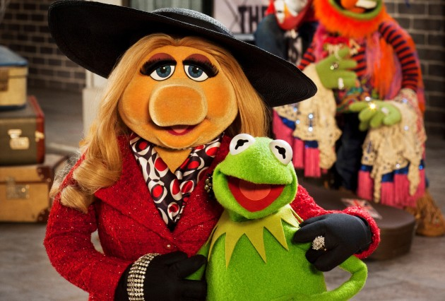 muppets-most-wanted-kermit-miss-piggy