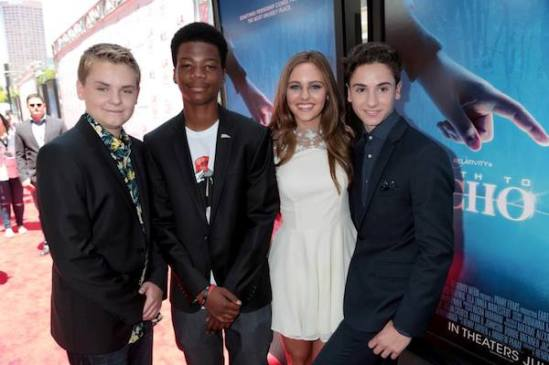 earth-to-echo-premiere-cast-jpg