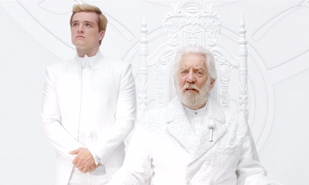 the-hunger-games-mockingjay-part-1-donald-sunderland-636-380