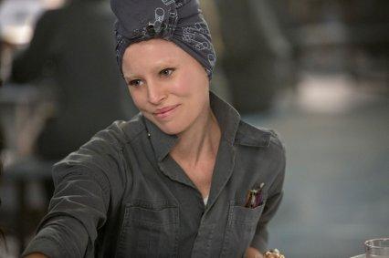 The-Hunger-Games-Mockingjay-Part-1-Elizabeth-Banks-as-Effie