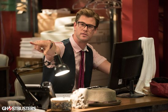 Chris-Hemsworth-Ghostbusters-2016