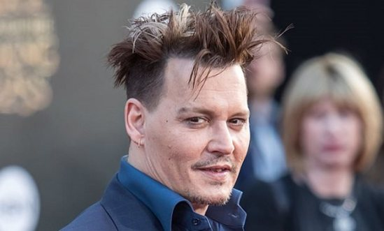johnny_depp_to_star_in_fantastic_beasts_and_where_to_find_them_sequel